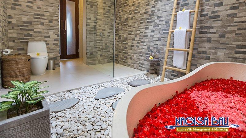 villa atap padi ubud bathtub by nagisa bali