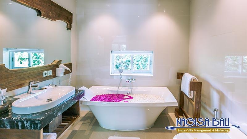 cc villa seminyak beautiful bathroom by nagisa bali