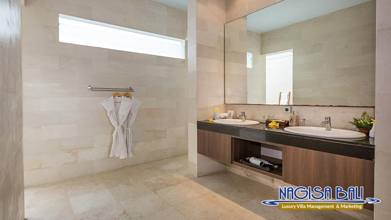 nagisa bali bay view villas bathroom with full equipment