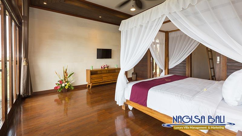 khaya luxury villa nusa dua master bedroom by nagisa bali