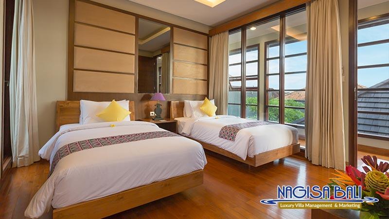 entrada villa seminyak twin bedroom by nagisa bali