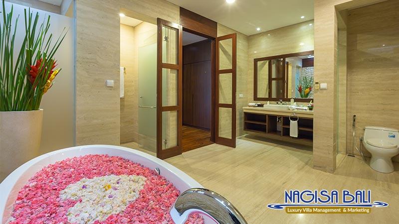 entrada villa seminyak bathroom with bathtub by nagisa bali