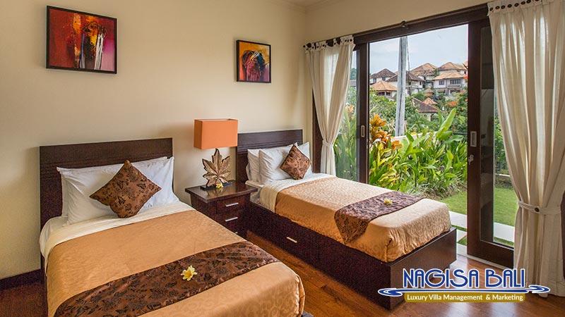 the reika villas twin bedroom by nagisa bali
