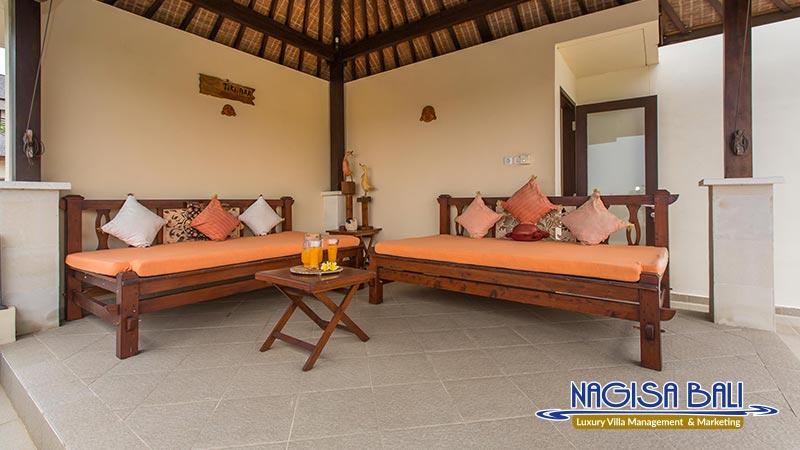 the reika villas rooftop lounge by nagisa bali