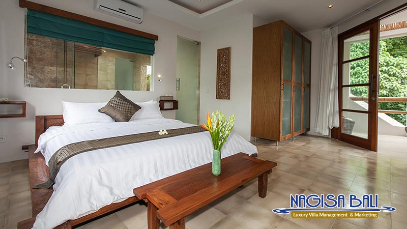 villa liang double bedroom by nagisa bali