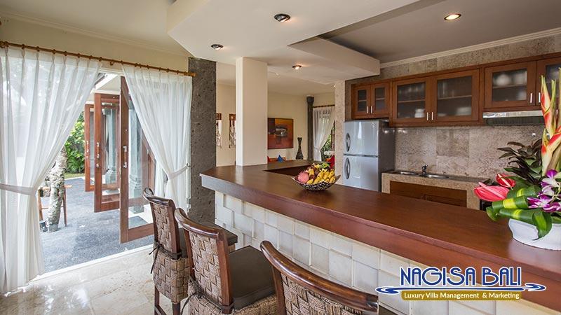 villa lidwina kitchen by nagisa bali