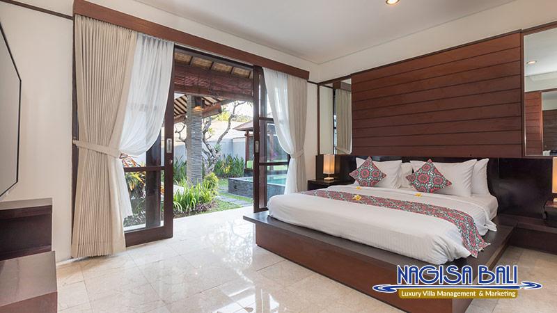 villa litera seminyak master room by nagisa bali